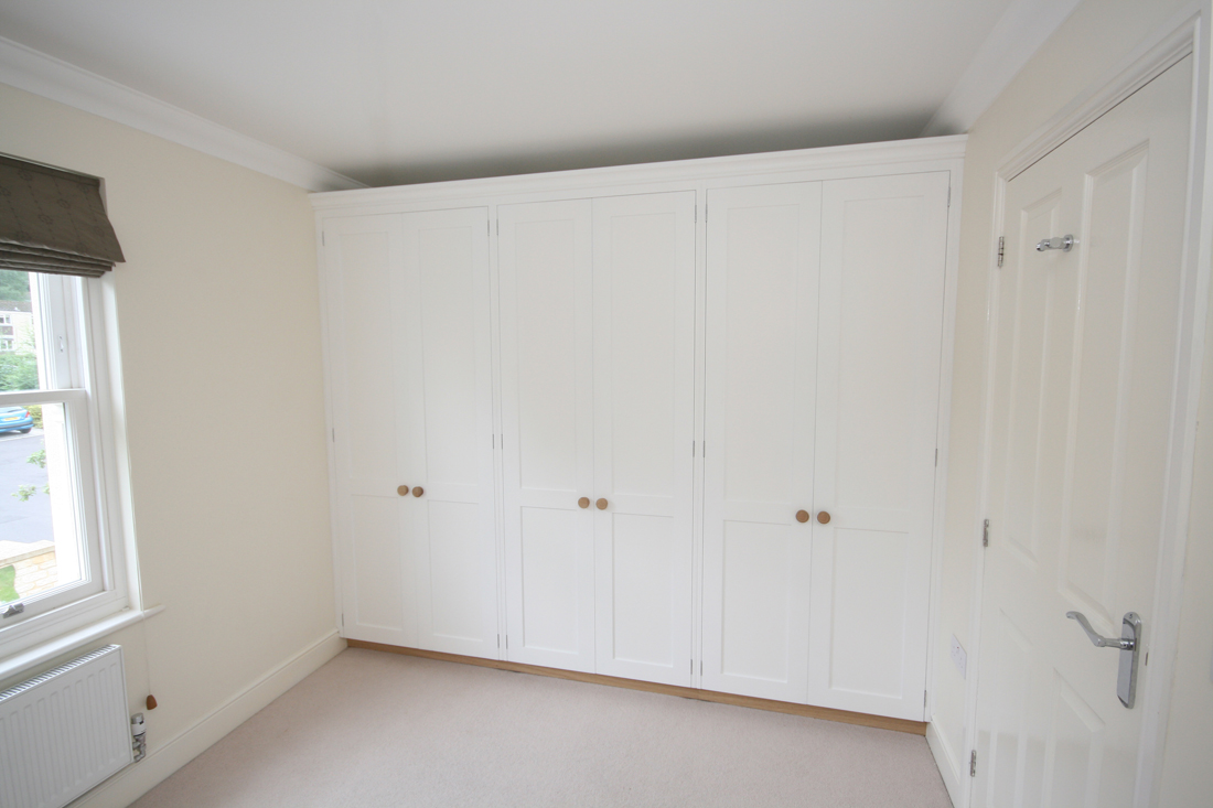 Wall To Wall Fitted Wardrobes Enlargement 1