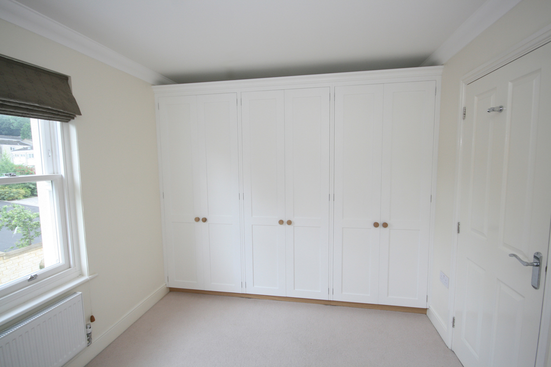 Wall To Wall Fitted Wardrobes Enlargement 6
