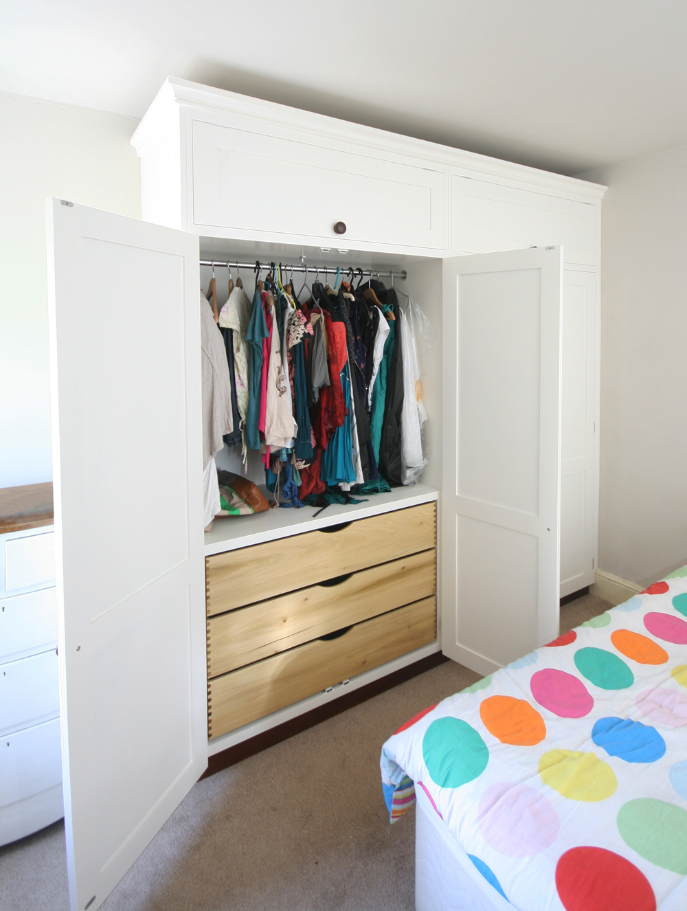 Twin Bespoke Fitted Wardrobes with Drawers, Enlargement 2