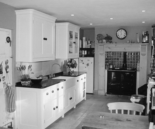 Kitchen Cabinet Cornice: Bespoke Fitted Country Kitchen With Curved Cornice. Beckington