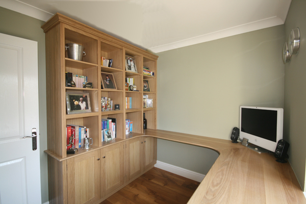 Oak Office With Bookshelves Pull Out Printer Drawer Pen Cupboards And Surrounding Desk In Detail